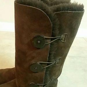 UGG Shoes - Chocolate Brown Ugg Boots